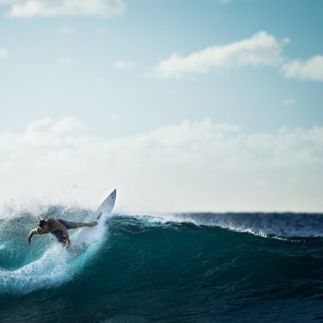 surfing-926822_1920_square2